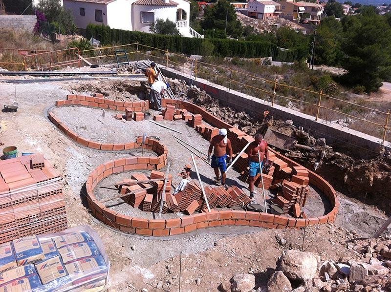 Construcci n piscinas desbordantes piscinas online for Construccion de albercas paso a paso