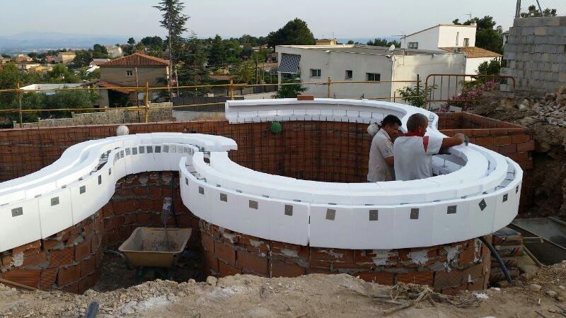 Construcci n piscinas desbordantes piscinas online - Fabricacion de piscinas ...