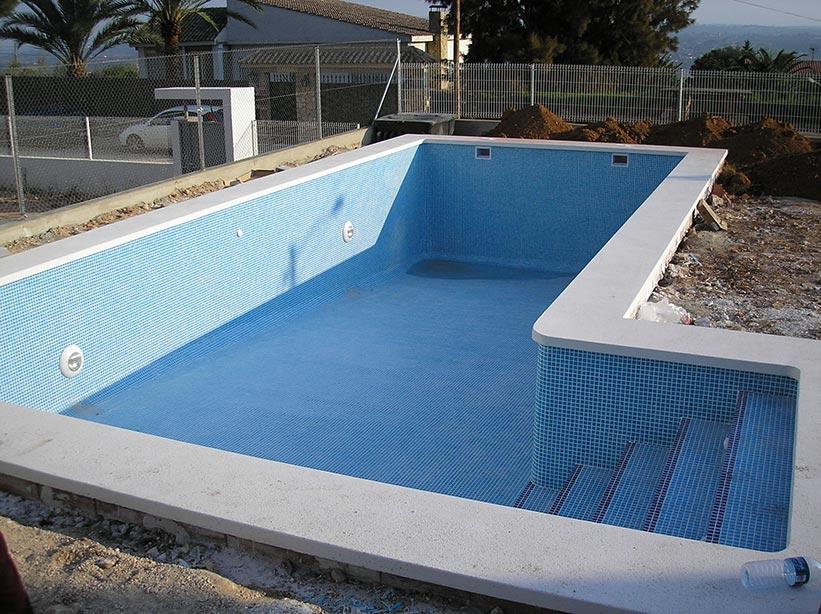 Construcci n piscinas hormig n proyectado piscinas online for Fabricacion piscinas hormigon